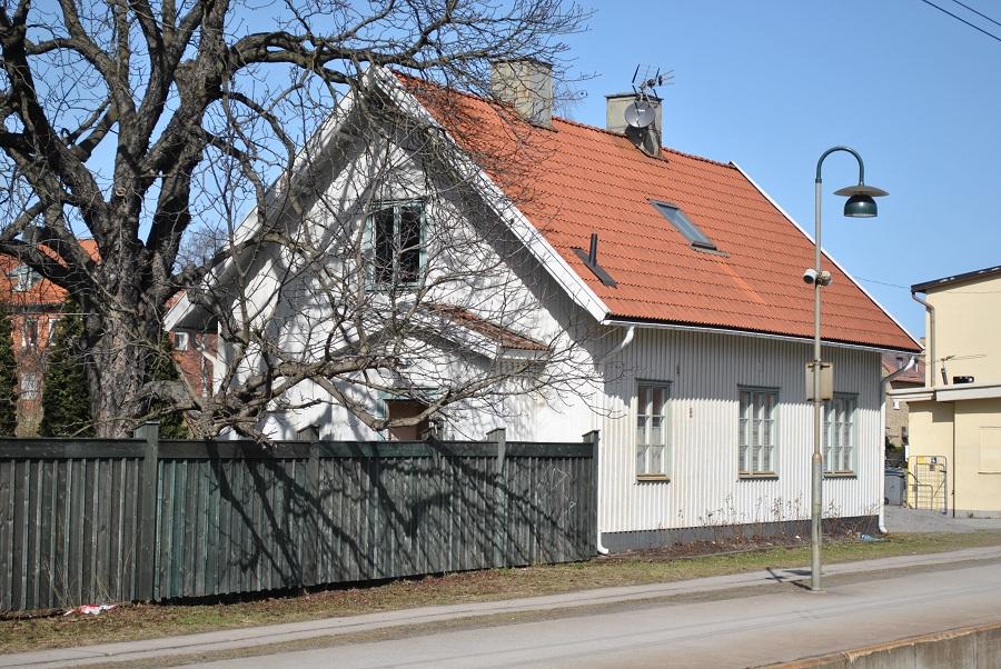 Roslags Näsby stationshus